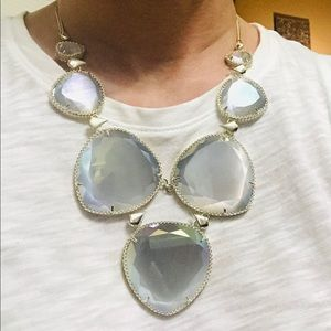 Kendra Scott Jewelry - Kendra Scott Rebecca statement necklace